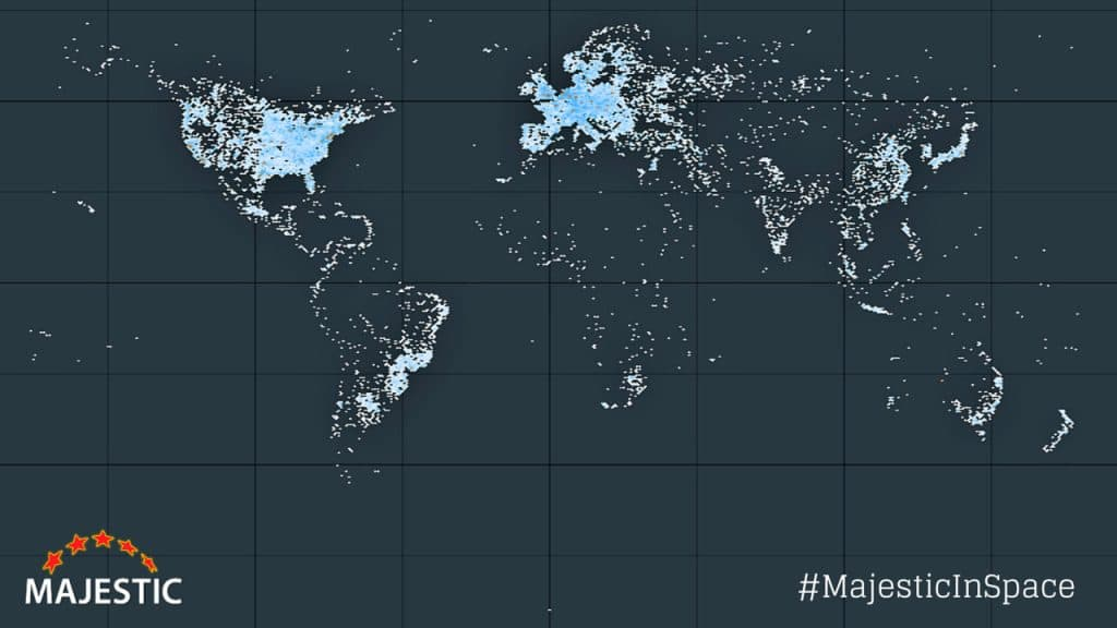 Mapa dibujado marcando todos los servidores de Internet del mundo